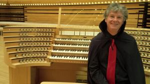 At the organ console of the Maison Symphonique de Montréal, screening of Phantom of the Opera (1925), Oct. 31 & Nov. 1, 2014. Photo William O'Meara.