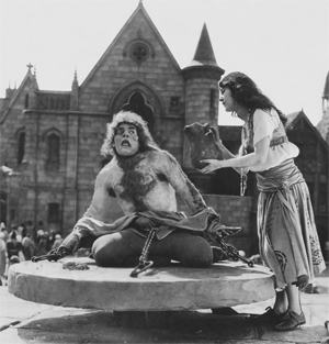 Lon Chaney in the title role of Quasimodo, The Hunchback of Notre Dame (1923).